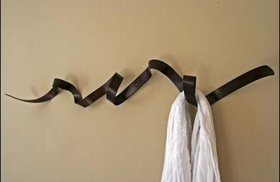 Ribbon-coat-rack
